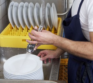 Dishwasher_restaurant